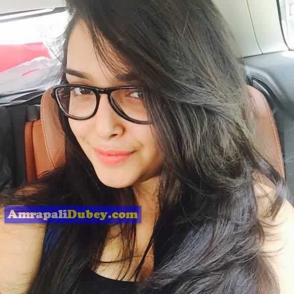 Amrapali Dubey Husband Name