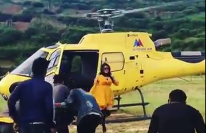 Amrapali Dubey shoots on Helicopter for Nirahua Chalal London